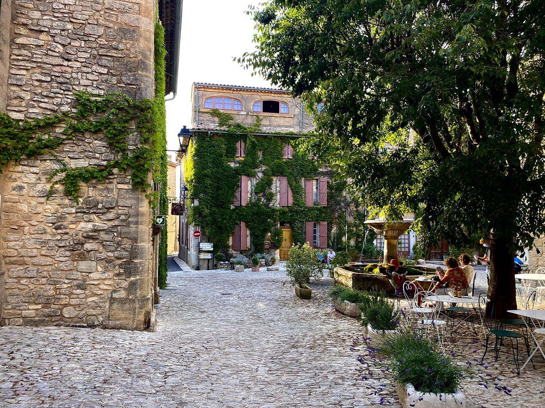 Saignon, plus beau village du Luberon