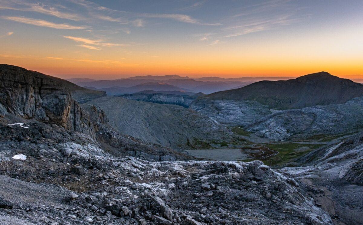 Coucher de soleil sur le canyon du parc national d'Ordesa et du Mont Perdu