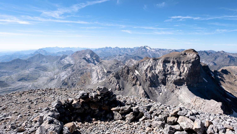 panorama exceptionnel depuis le sommet du mont perdu