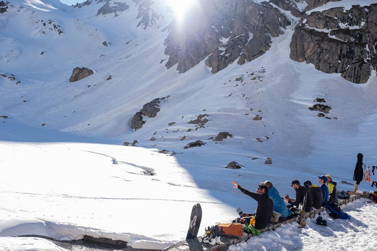 Groupe d'alpinistes au refuge des oulettes