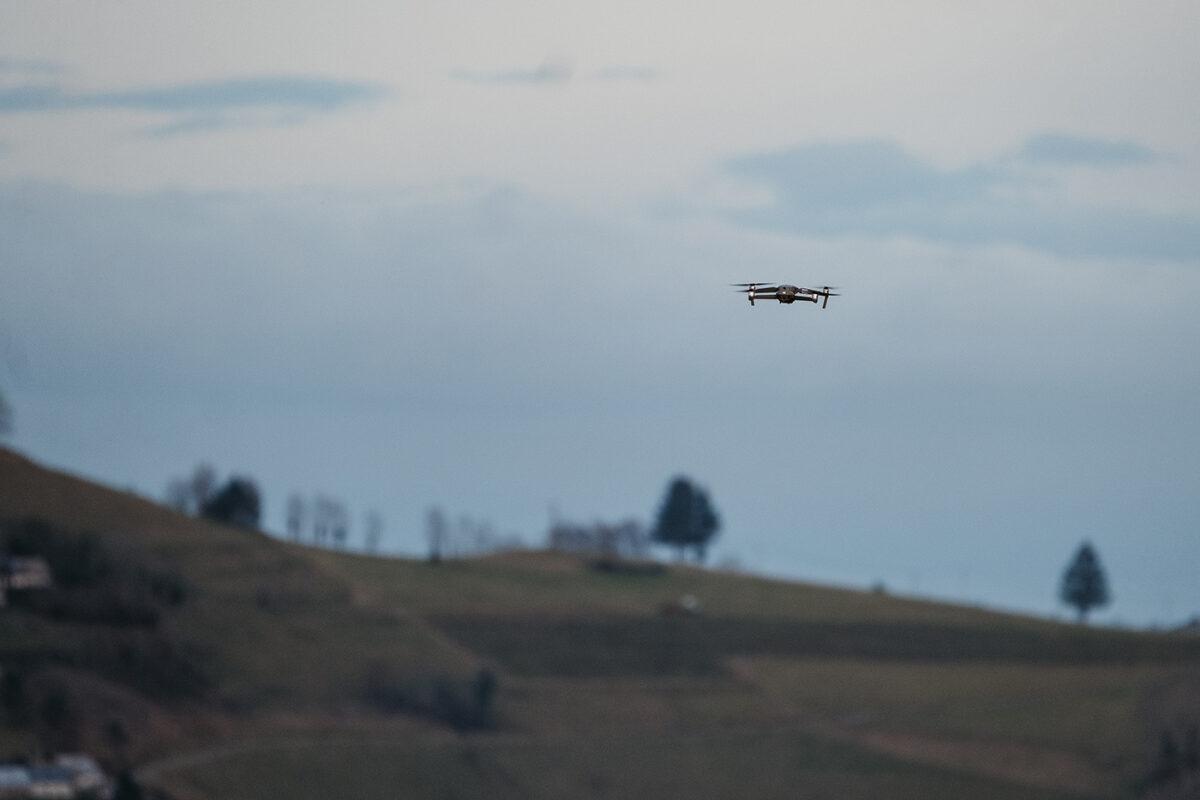 décollage drone en montagne