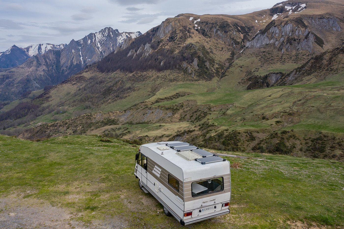 vanlife en camping-car à plein temps en france et europe