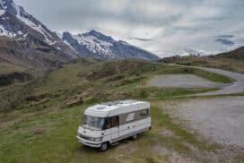 Panneaux solaires et batterie camping-car/ van : dimensionnement