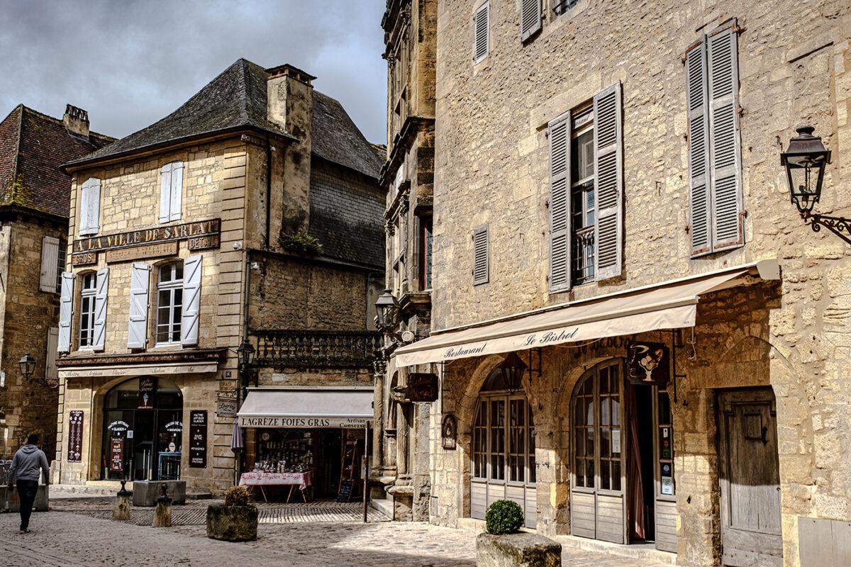 Visiter Sarlat-la-Canéda en vallée de la Dordogne
