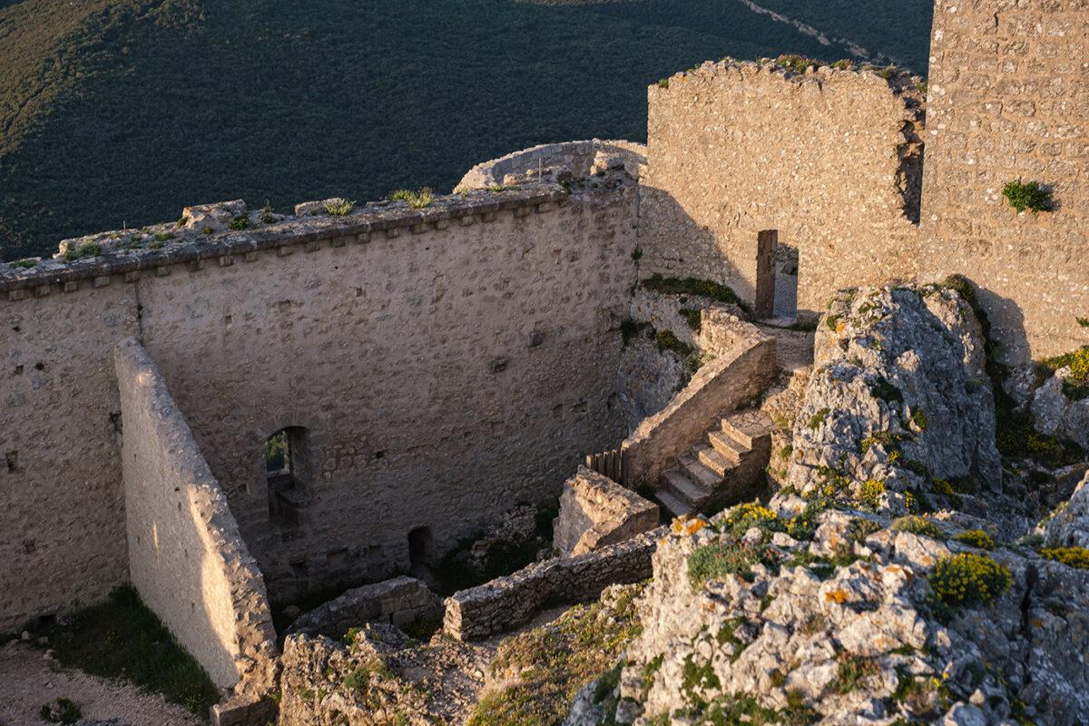 Murs du château de Peyrepertuse
