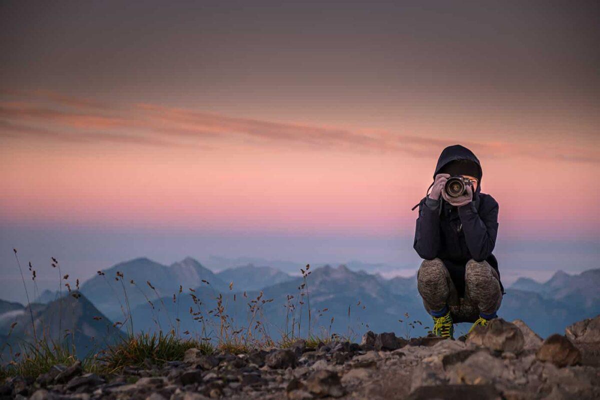 Sommet du Mont Charvin au lever du jour