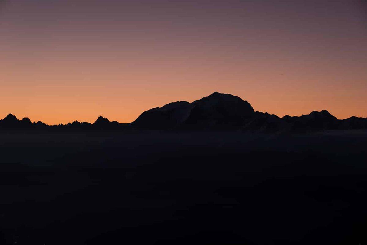Randonnée au sommet du Mont Charvin avec bivouac au lac Charvin