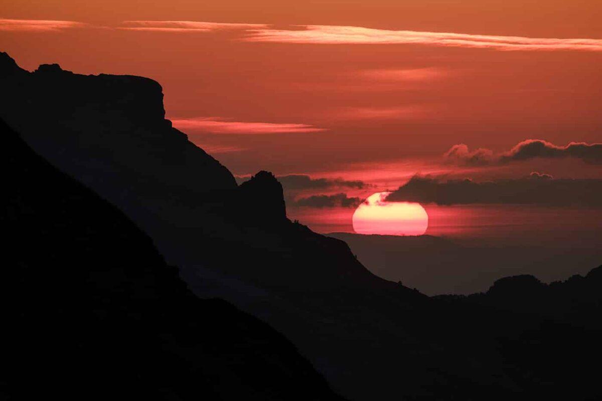 coucher de soleil au lac du Mont Charvin