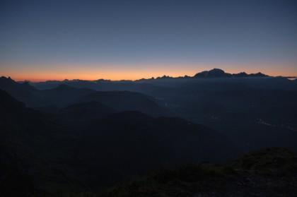 Lever de soleil sur le massif du Mont Blanc depuis le Mont Charvin