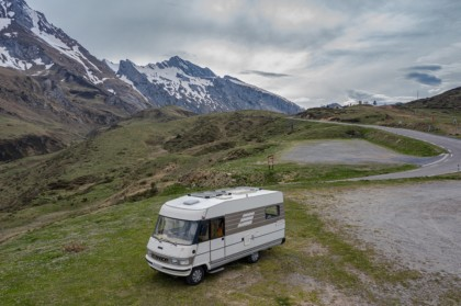 Panneaux solaires camping-car et van aménagé pour la vanlife